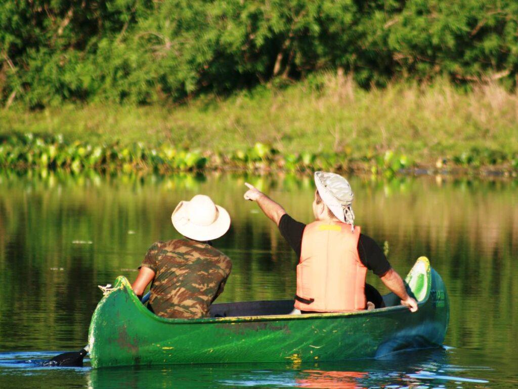 Turista desfrutam de momentos tranquilos na Fazenda São Francisco. Foto: Visit Pantanal
